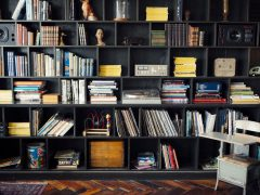 manfaat membaca buku perpustakaan